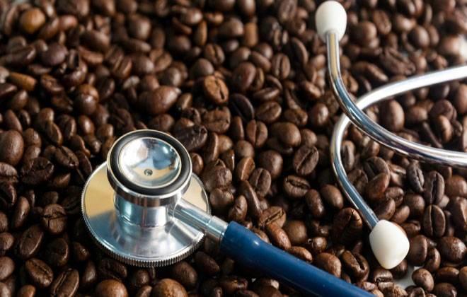 Кофе повышает или понижает давление у человека: можно ли пить кофе при гипертонии