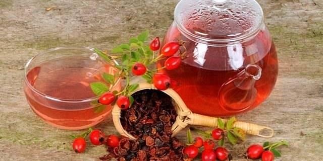 Чай из боярышника: список недугов, при которых помогает
