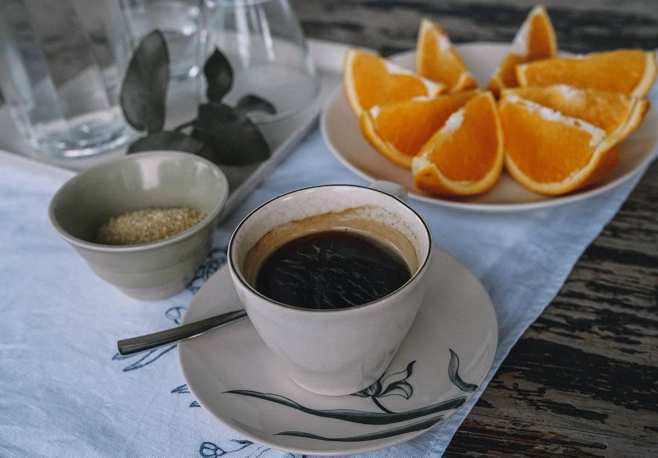 Чай на голодный желудок: реакция организма