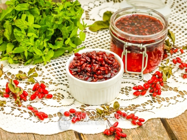 Чай с барбарисом: польза и вред, противопоказания и рецепты приготовления в домашних условиях
