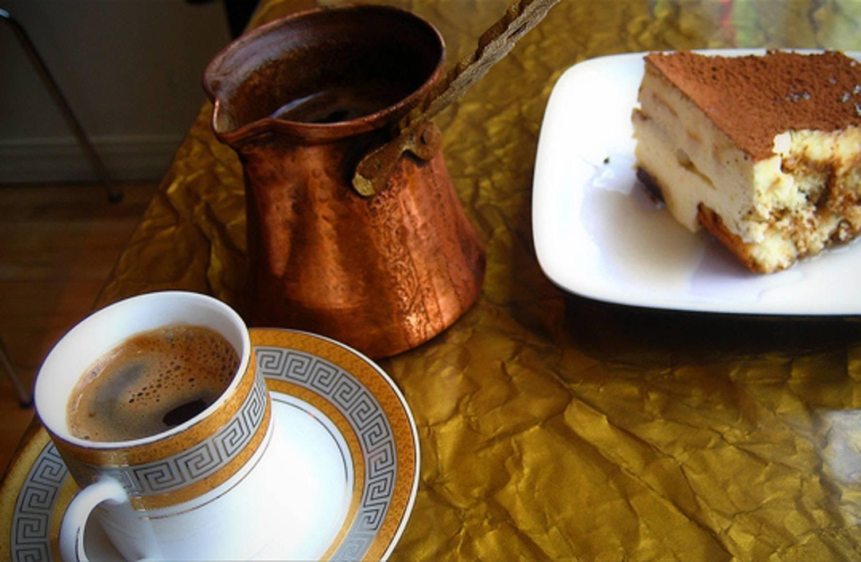 Как готовят и подают кофе по-восточному