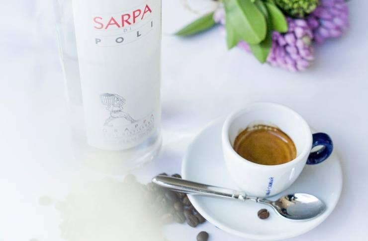 Кофе с коньяком: правильный рецепт приготовления