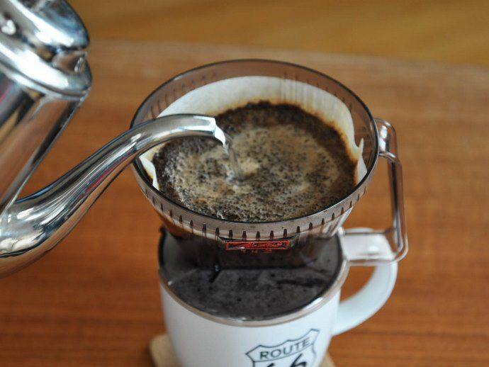 Мои чашки сияют чистотой. я удаляю следы от кофе и чая быстро и просто: 5 лайфхаков с зубной пастой, содой и т. д.