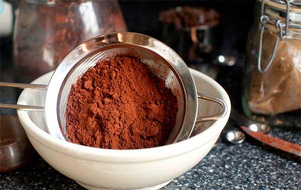 Тертое какао и порошок: отличия, как использовать, польза и вред