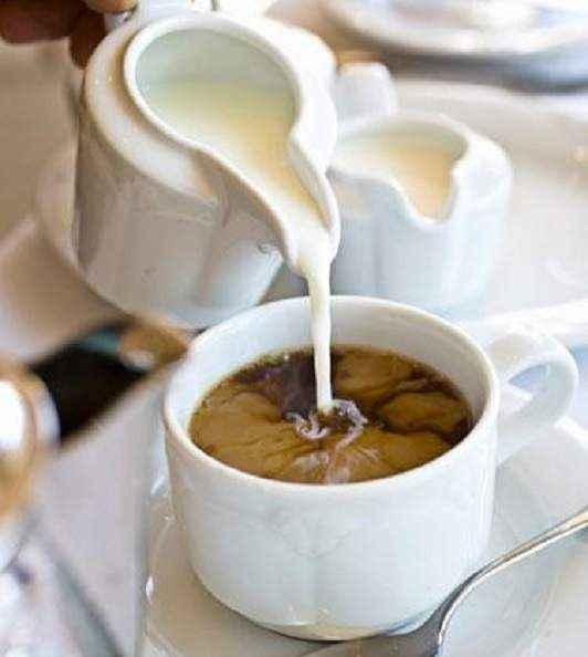 Влияние кофе с молоком на здоровье: польза и вред, противопоказания
