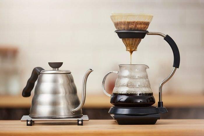 Заваривание кофе методом пуровер: что понадобиться при приготовлении, воронка или дриппер