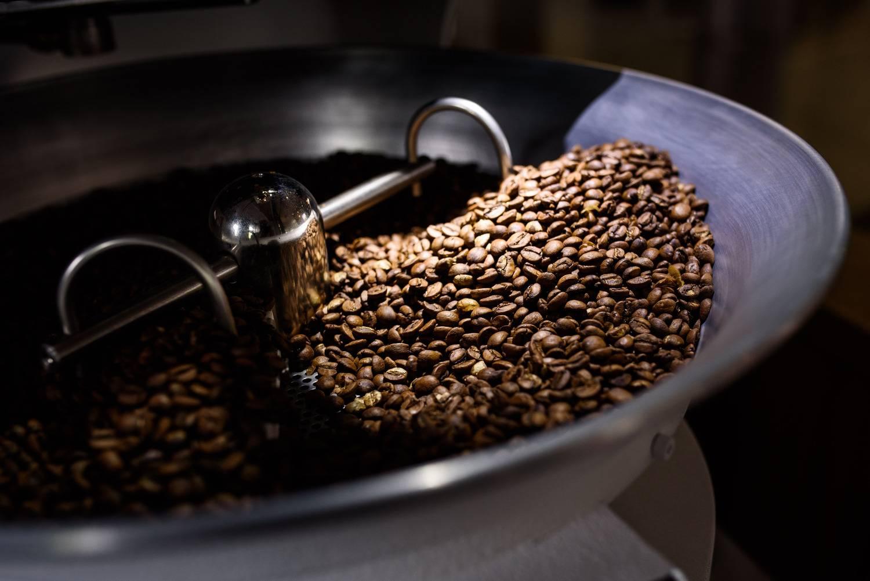Как обжаривать кофе в домашних условиях и что для этого нужно