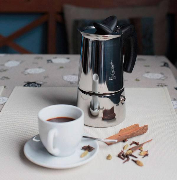 Топ лучших марок кофе для гейзерной кофеварки в 2021 году в рейтинге zuzako