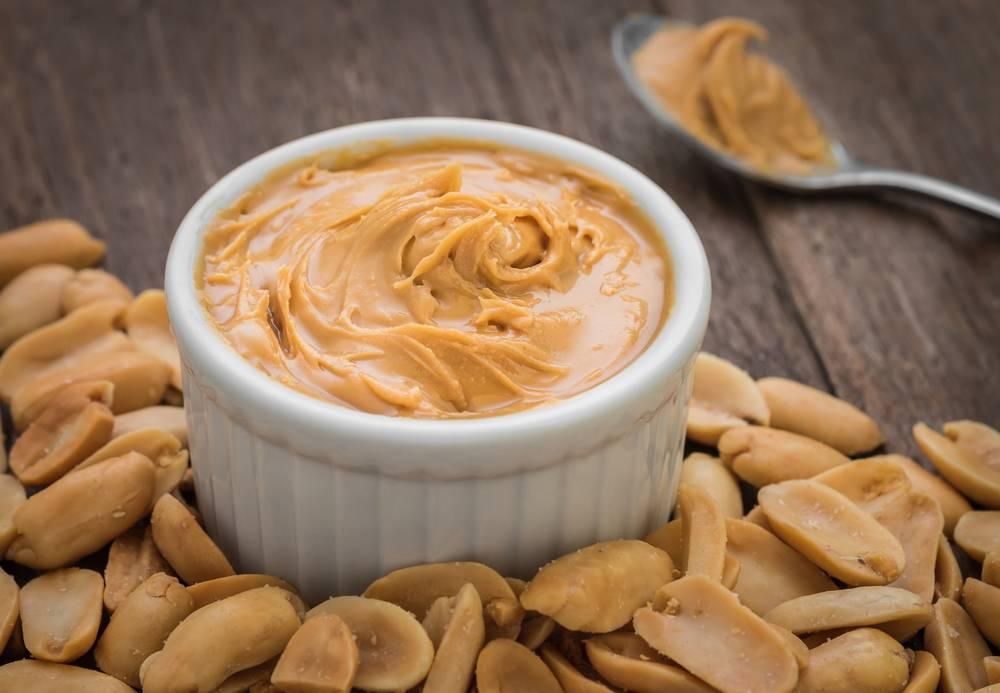Арахисовая паста: состав и калорийность, польза и вред десерта, варианты употребления