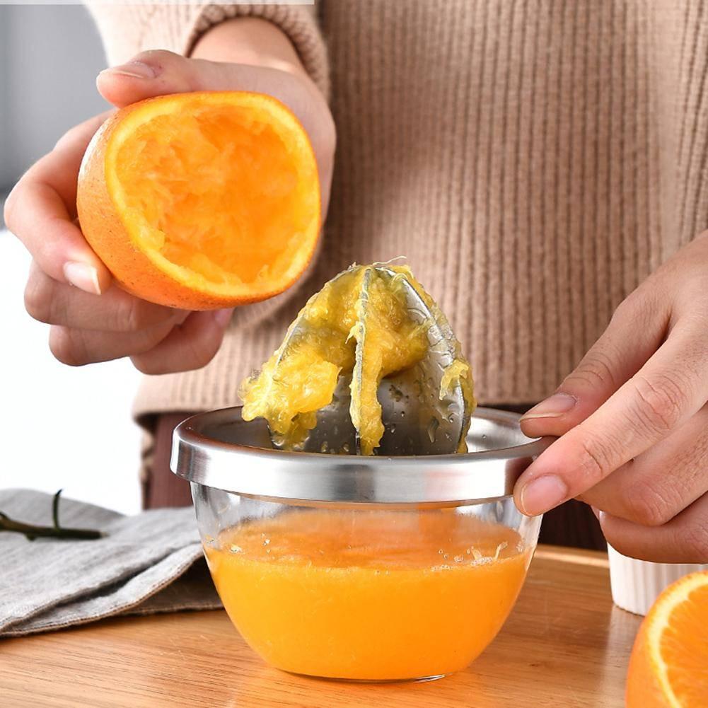 Как выжать сок из апельсина без соковыжималки