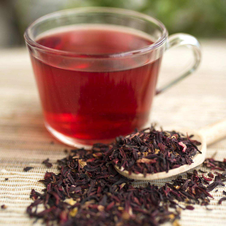 Вред и польза чая каркаде во взаимодействии с вашим организмом