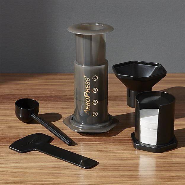 Что такое аэропресс для кофе и как его заваривать