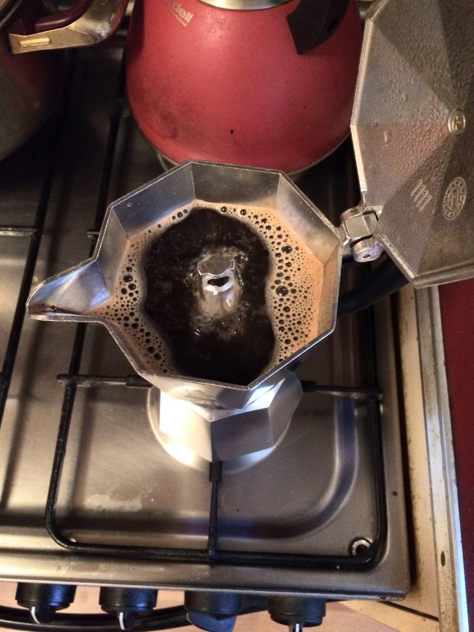Почему кофе горький (из кофемашины, турки, гейзерной кофеварки). как снизить горечь?