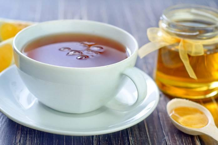 Можно ли применять мёд при повышенной температуре - всё о пользе и вреде средств с продуктом для детей и взрослых