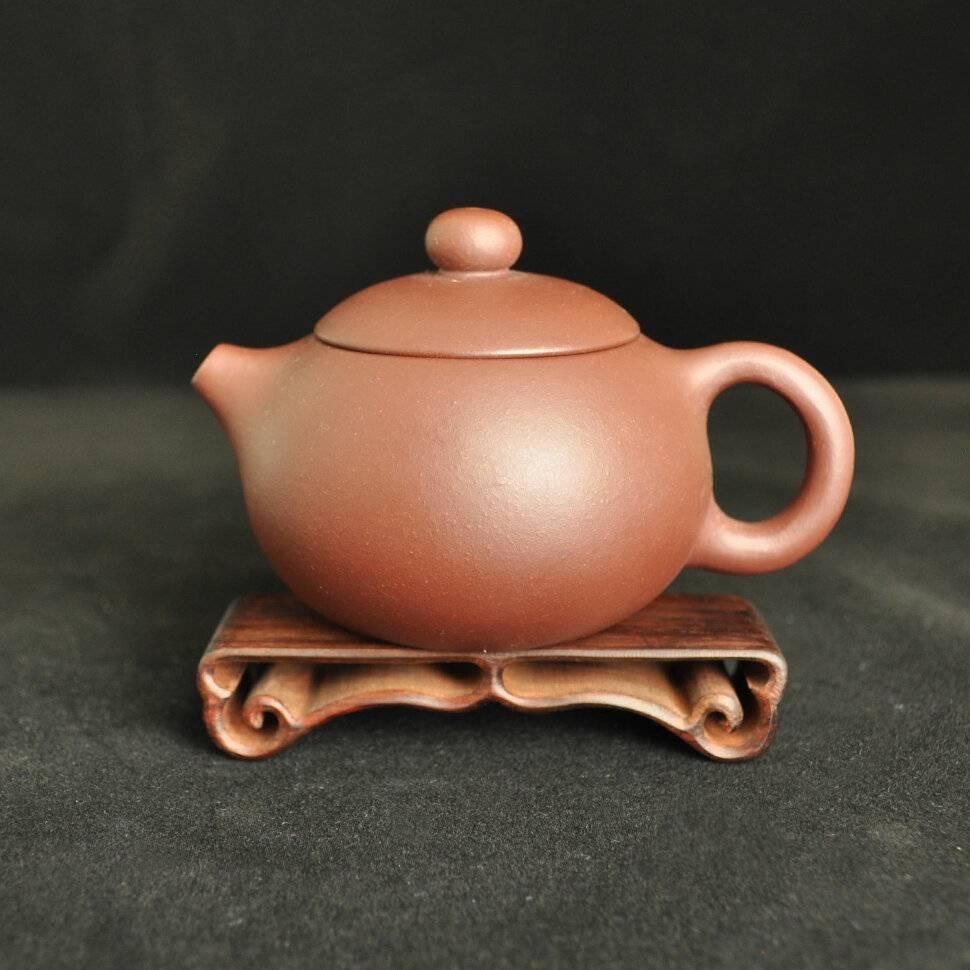 Чайник для заварки чая и чайной церемонии