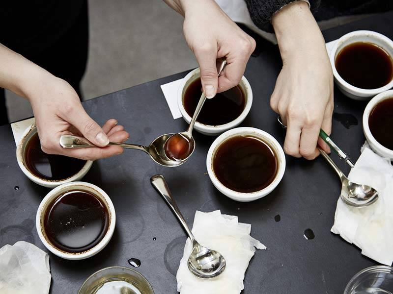 Рекомендации как сделать кофе с пенкой в домашних условиях: нюансы приготовления и подачи