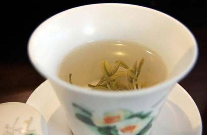 Всё о китайском жёлтом чае: свойства, состав, разновидности, польза, вред, как заваривать