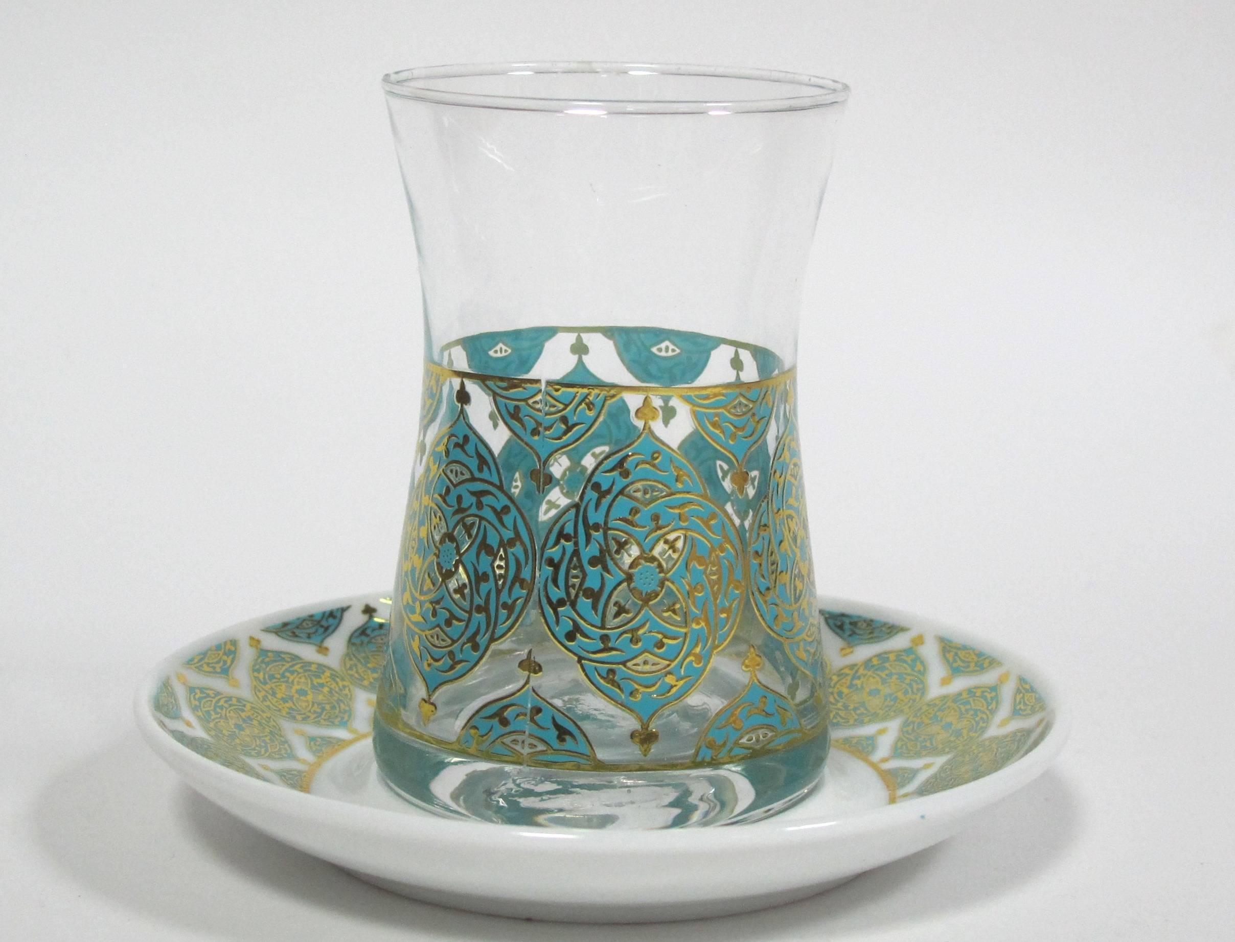 Турецкие чашки для чая (армуды)