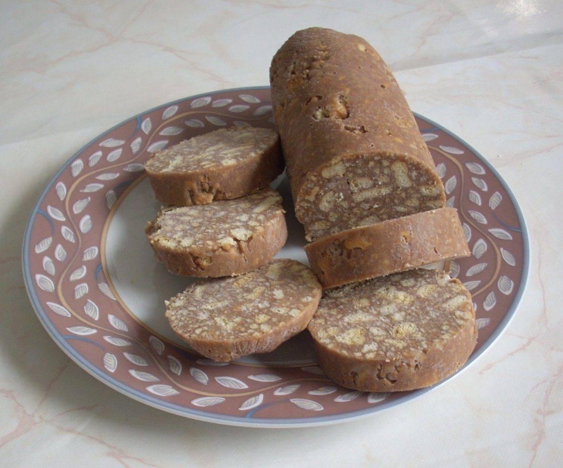 Классическая шоколадная колбаска из печенья и какао рецепт с фото пошагово и видео - 1000.menu