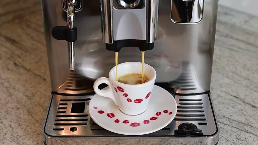 Как пользоваться кофеваркой — гейзерная, капельная, рожковая, капсульная
