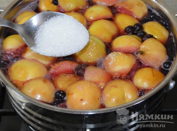 Как варить вкусный компот из замороженных ягод в кастрюле, мультиварке: рецепты — женские советы