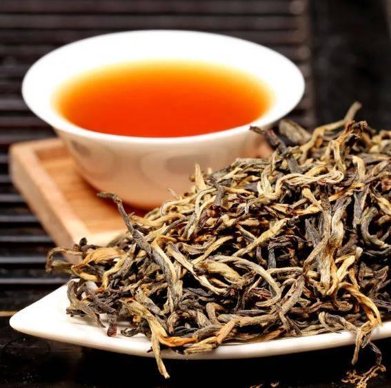 Польза и вред красного чая – тема данной статьи. вы узнаете, чем полезен красный чай, и в каких случаях его употреблять не стоит.