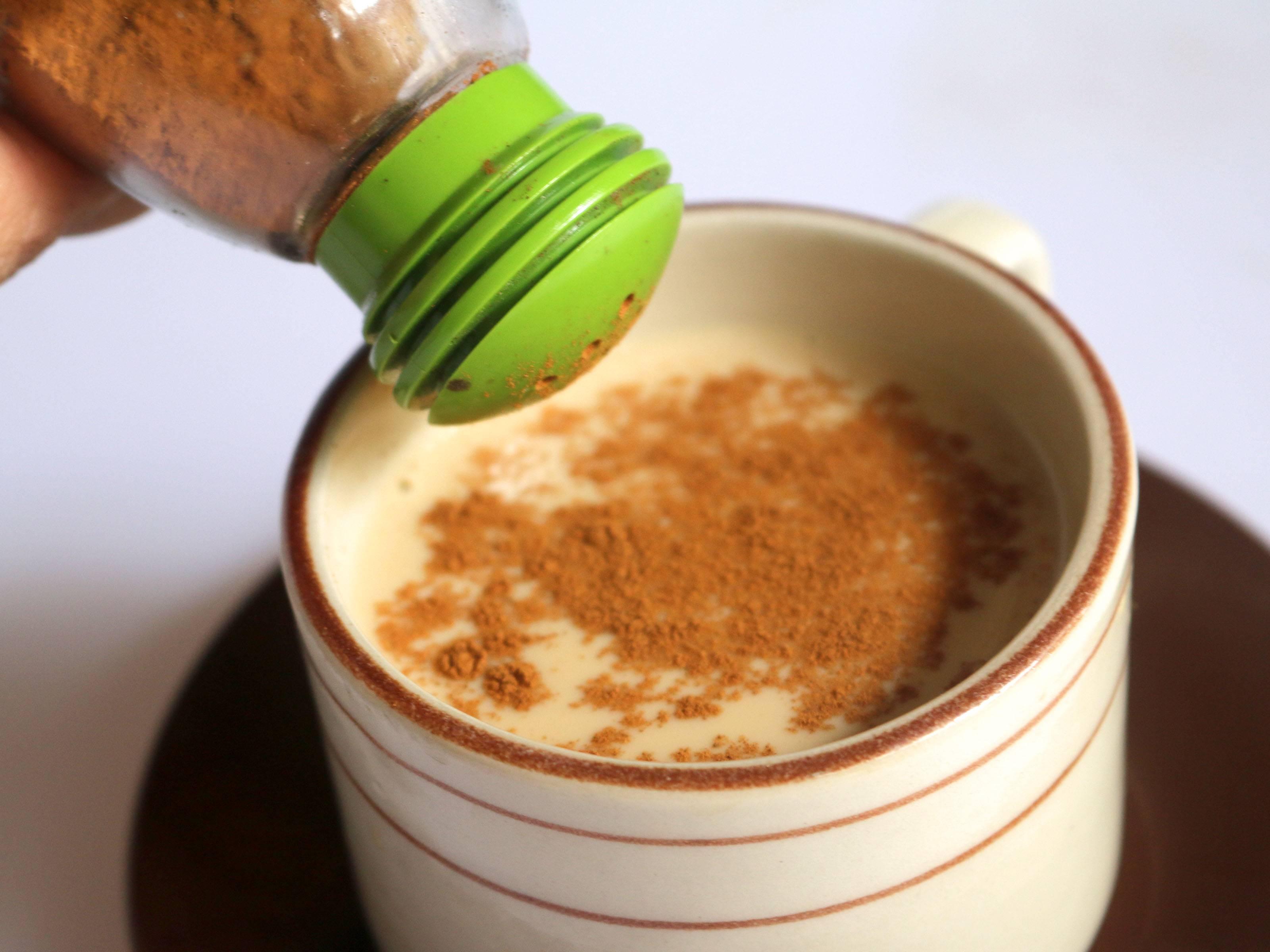 Польза и вред потребления кофе с кокосовым молоком