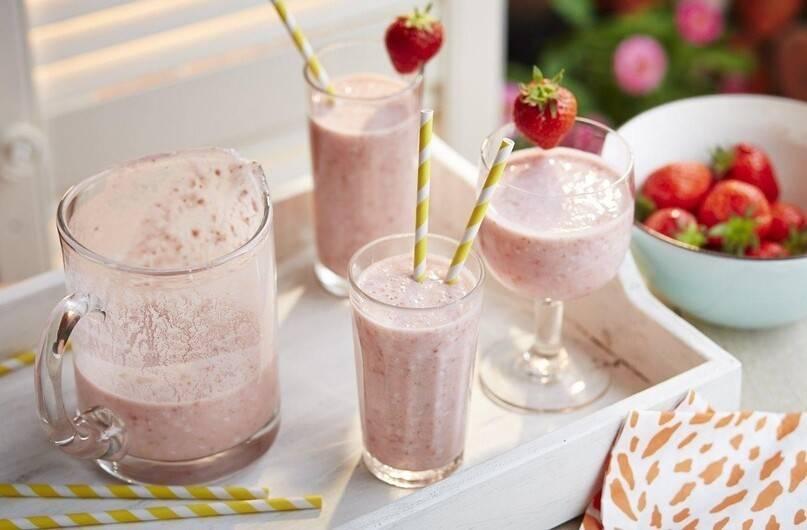 Смузи с молоком: рецепты для блендера в домашних условиях, простые и диетические