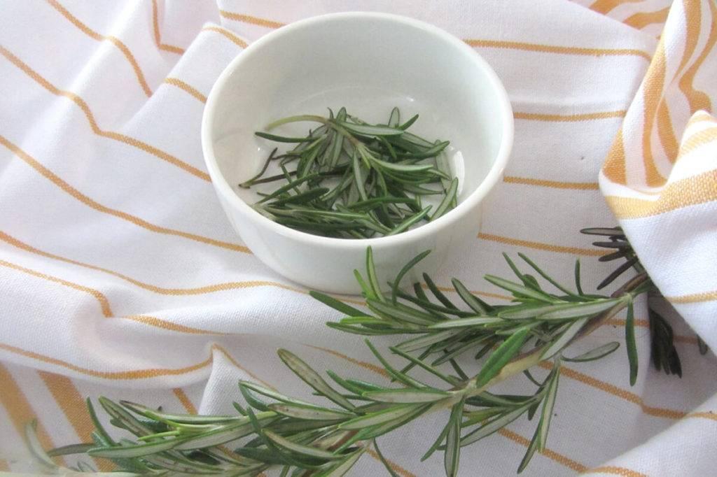 Чай с розмарином: действительно полезно и очень вкусно