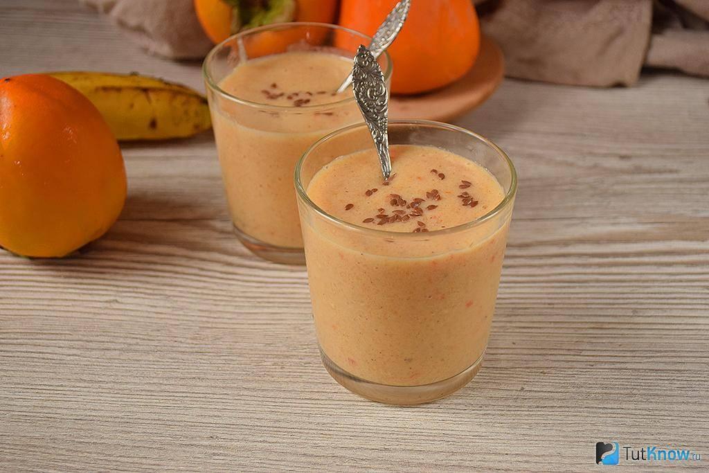 Смузи из киви и банана с апельсиновым соком — отличный вариант для завтрака