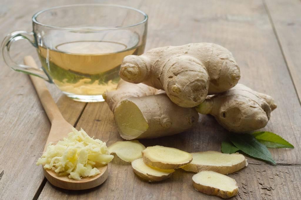 Настойка чеснока на водке: от чего помогает это средство, как приготовить и пить, лучшие рецепты с перцем, лимоном, медом, а также противопоказания к применению русский фермер