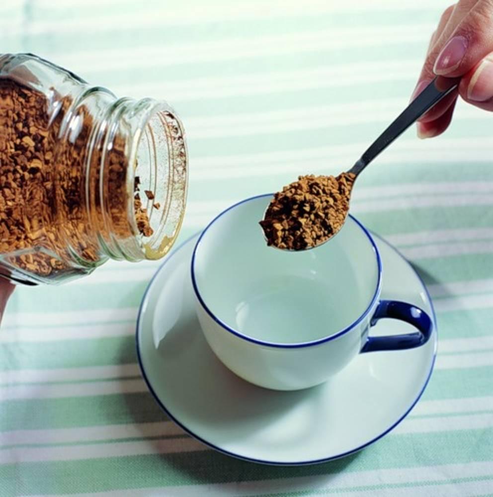Изжога от кофе: почему напиток вызывает неприятные ощущения, как с этим бороться?