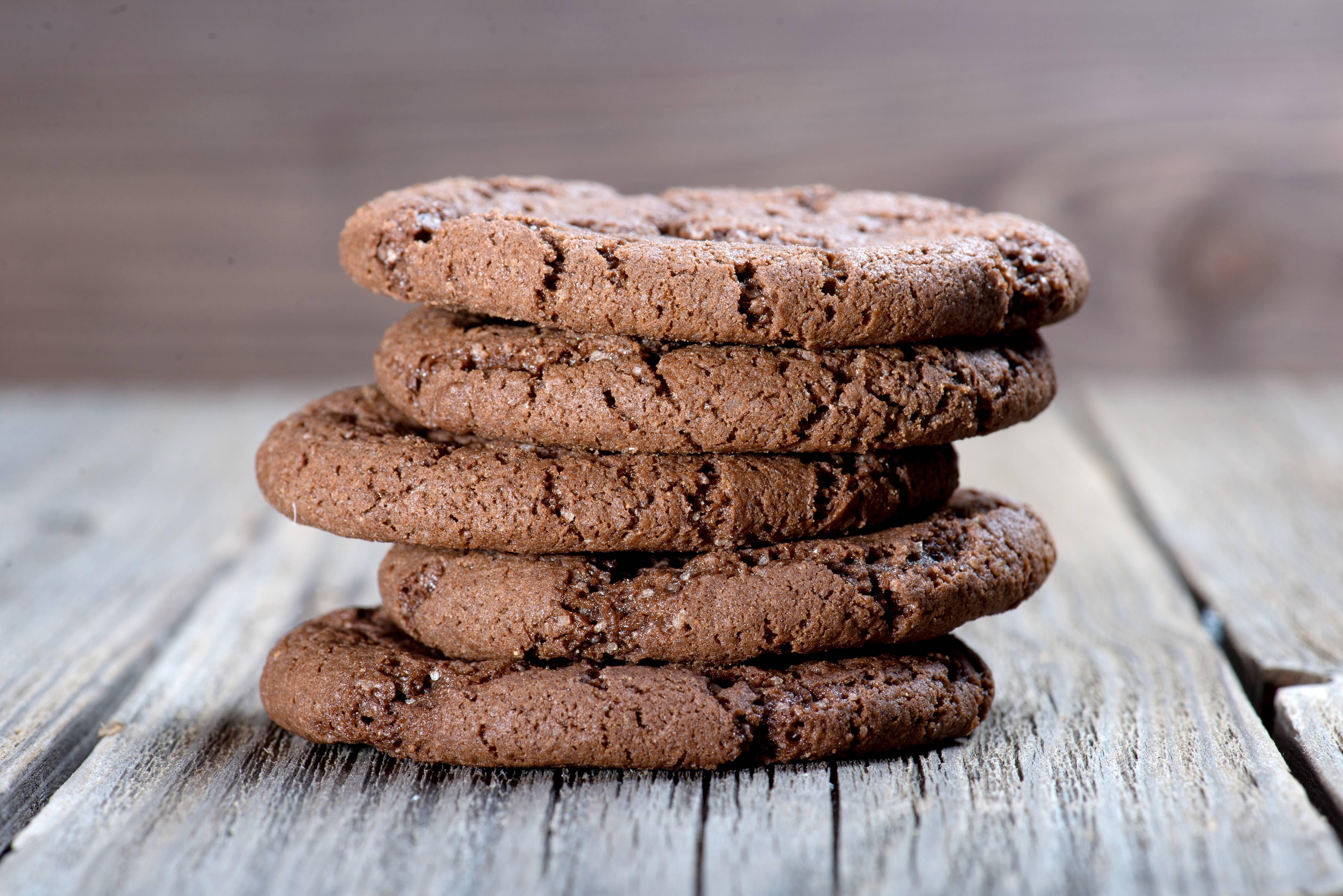 Шоколадное печенье в домашних условиях: 20 простых и вкусных рецептов