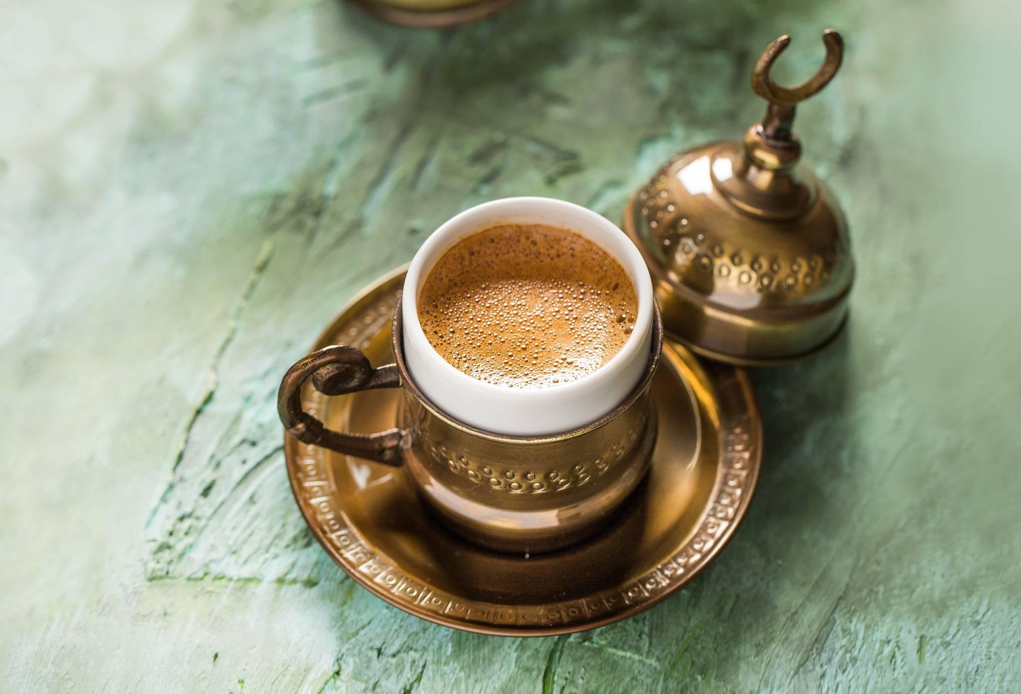 Кофе с кардамоном: рецепт и полезные свойства