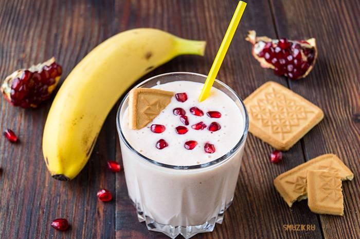 Смузи с бананом в блендере: рецепты, как сделать банановый коктейль