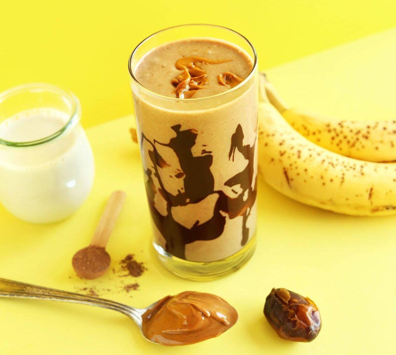 Творог с бананом: польза и вред, совместимость продуктов и рецепт приготовления в блендере, можно ли есть при похудении, на завтрак и на ужин
