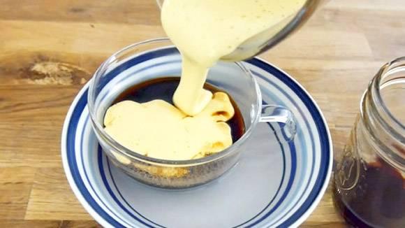 Кофе с яйцом — нежный напиток с яичной пенкой (4 рецепта) ☕