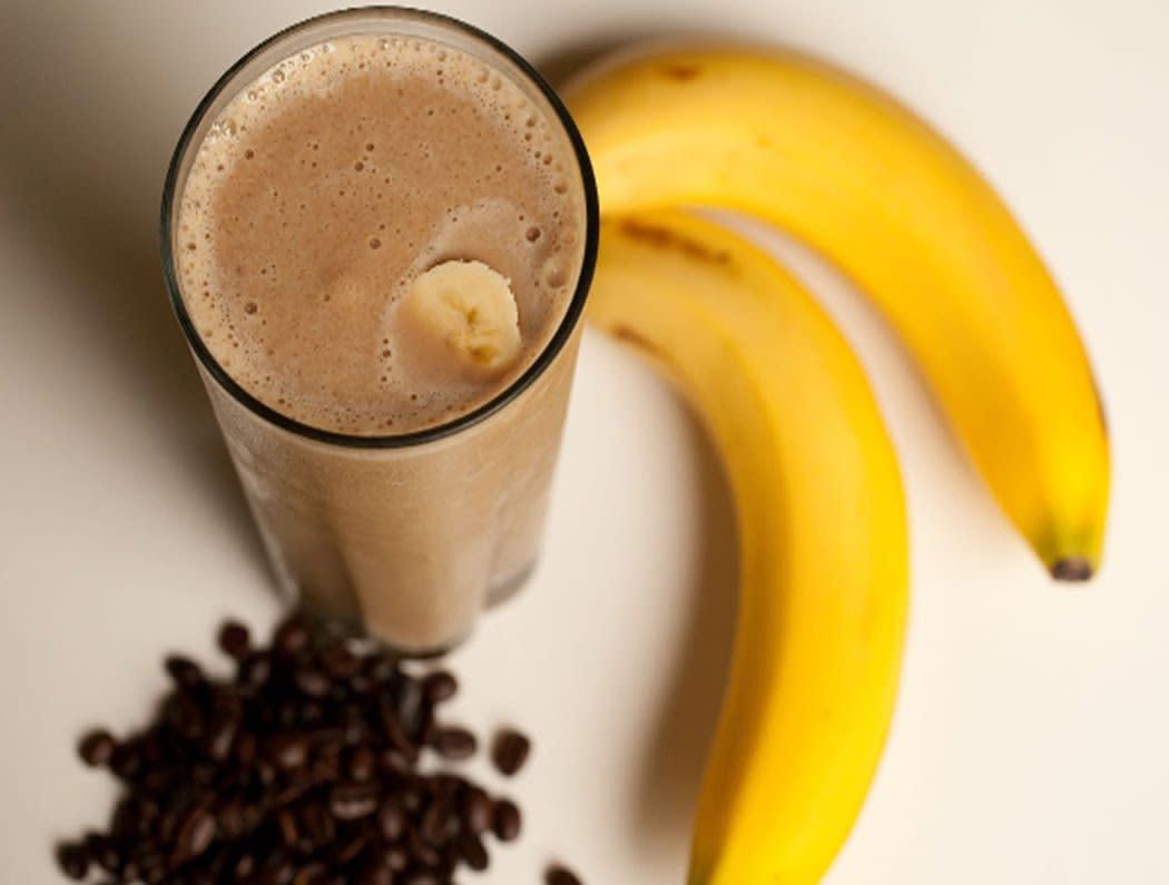 6 напитков для бодрости и энергии: что пить и как их готовить в домашних условиях, рецепты смузи, чаев и коктейлей, придающих сил и помогающих от усталости