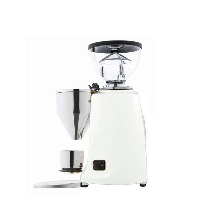 Ручная кофемолка: принцип действия и устройство, обзор производителей