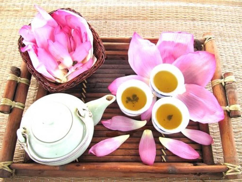 Чай с лотосом: чем полезен и как заварить