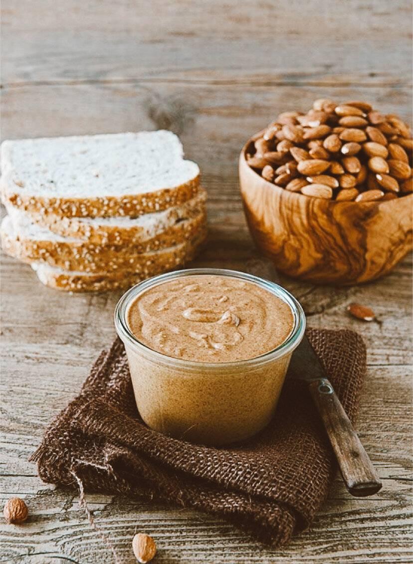 Рецепты орехового молока для веганов и кое-что еще