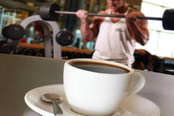 Можно ли принимать кофеин перед тренировкой: вред, противопоказания