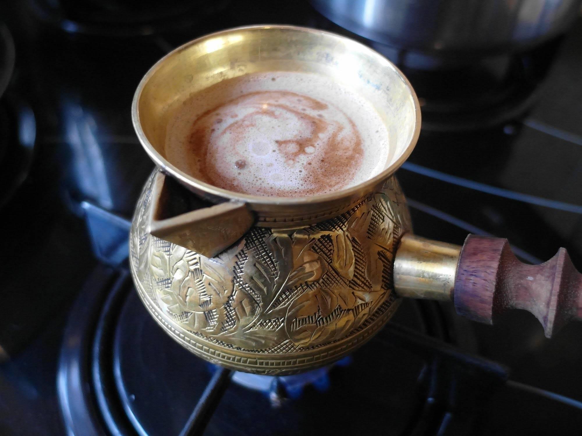 Как варить молотый кофе в турке правильно