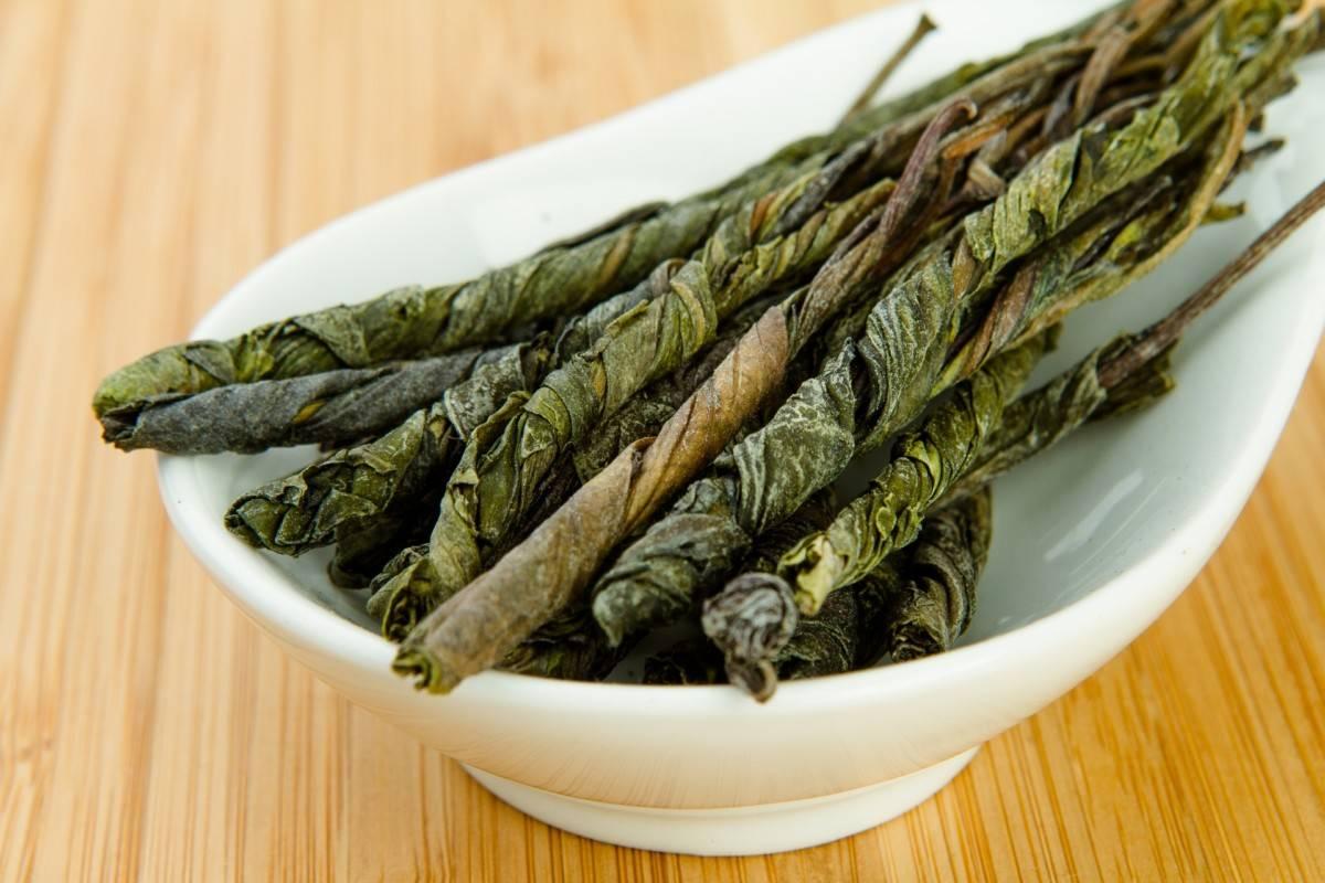 17 полезных свойств чая кудин ☕, вред, польза, исследования, отзывы