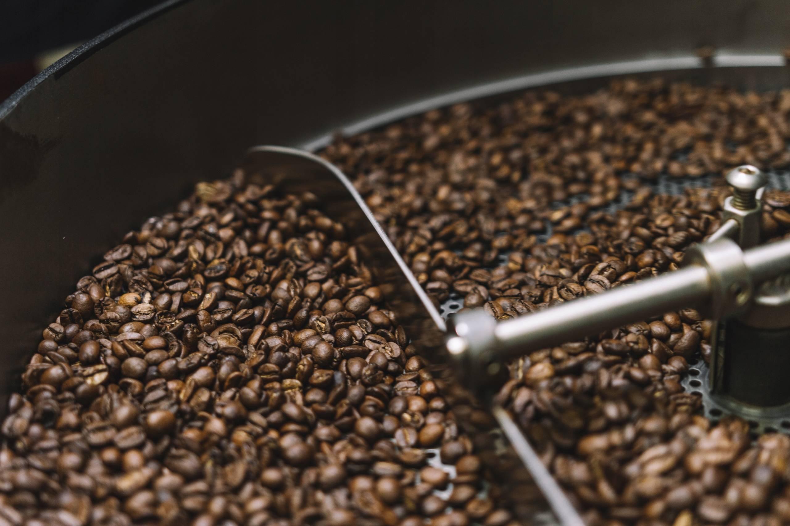 Как приготовить кофе в зернах в домашних условиях правильно