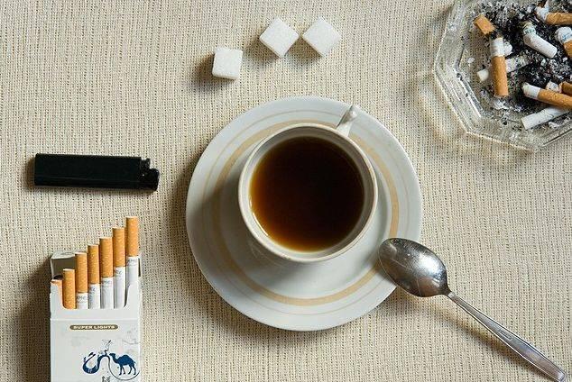 Что вреднее для здоровья кофе или сигареты