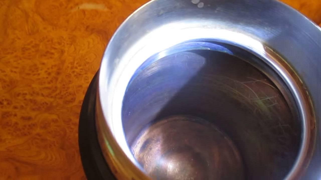 Как без лишних проблем почистить от чайного или кофейного налета внутри термоса?