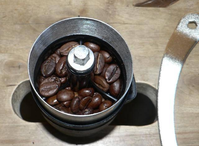 Просроченный кофе: можно ли пить растворимый и в зернах