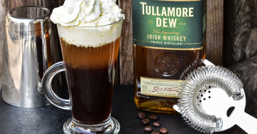 Коктейль ирландский кофе (irish coffee). ингредиенты: вода, сливки 33-35% , сахар коричневый
