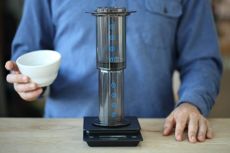 Под прессом: учимся готовить кофе в аэропрессе - рестораны - афиша калининграда